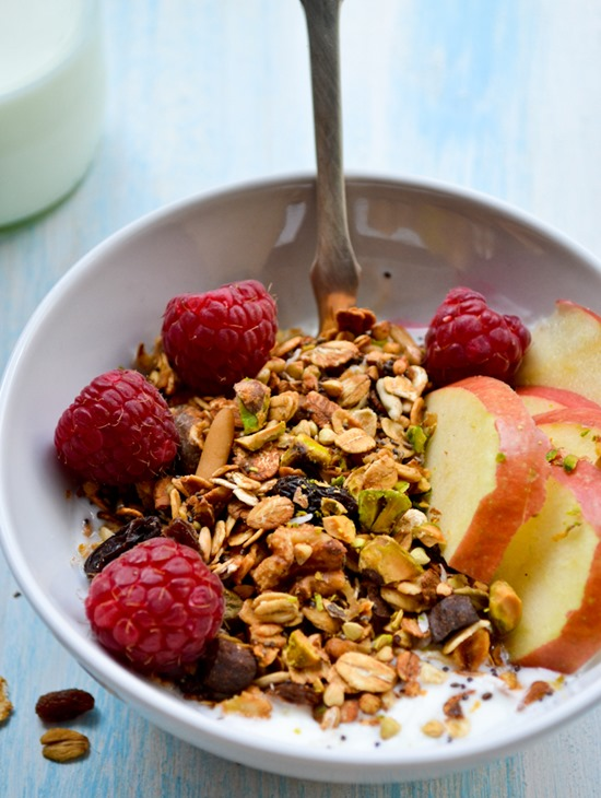 Simply Pantry Staple Granola {healthinspirations.net}