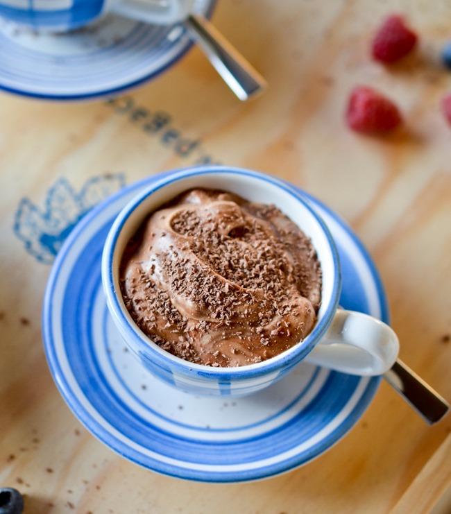 Mousse au Chocolat {healthinspirations.net}